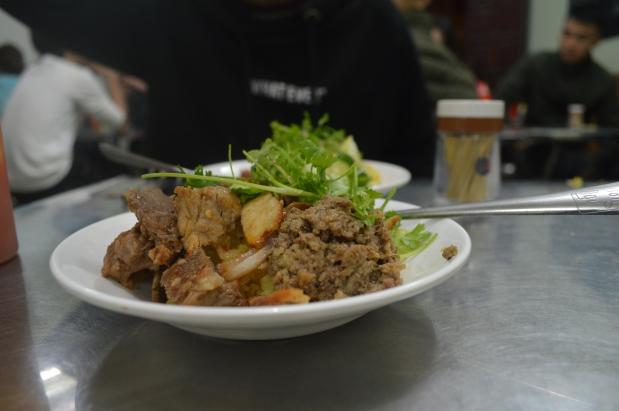 Hanoi Foody #1  -Ribs and StickyRice